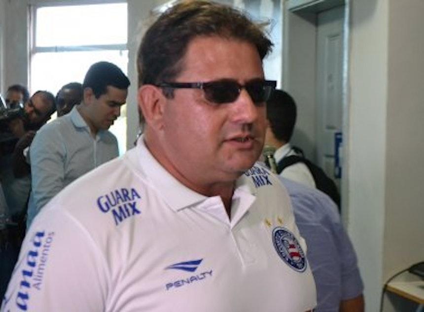 Guto Ferreira foi apresentado pelo presidente Marcelo Sant