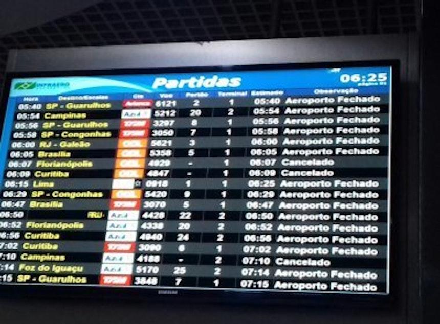 Painel Aeroporto Porto Alegre (Foto: Divulgação/EC Bahia)