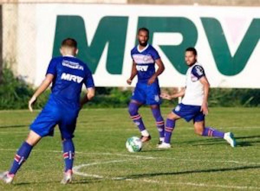 Luiz Antônio já treina no Fazendão Foto: Felipe Oliveira