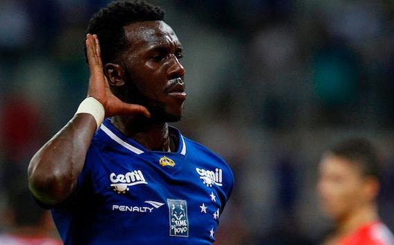 Cruzeiro anuncia empréstimo do meia Allano para o Bahia