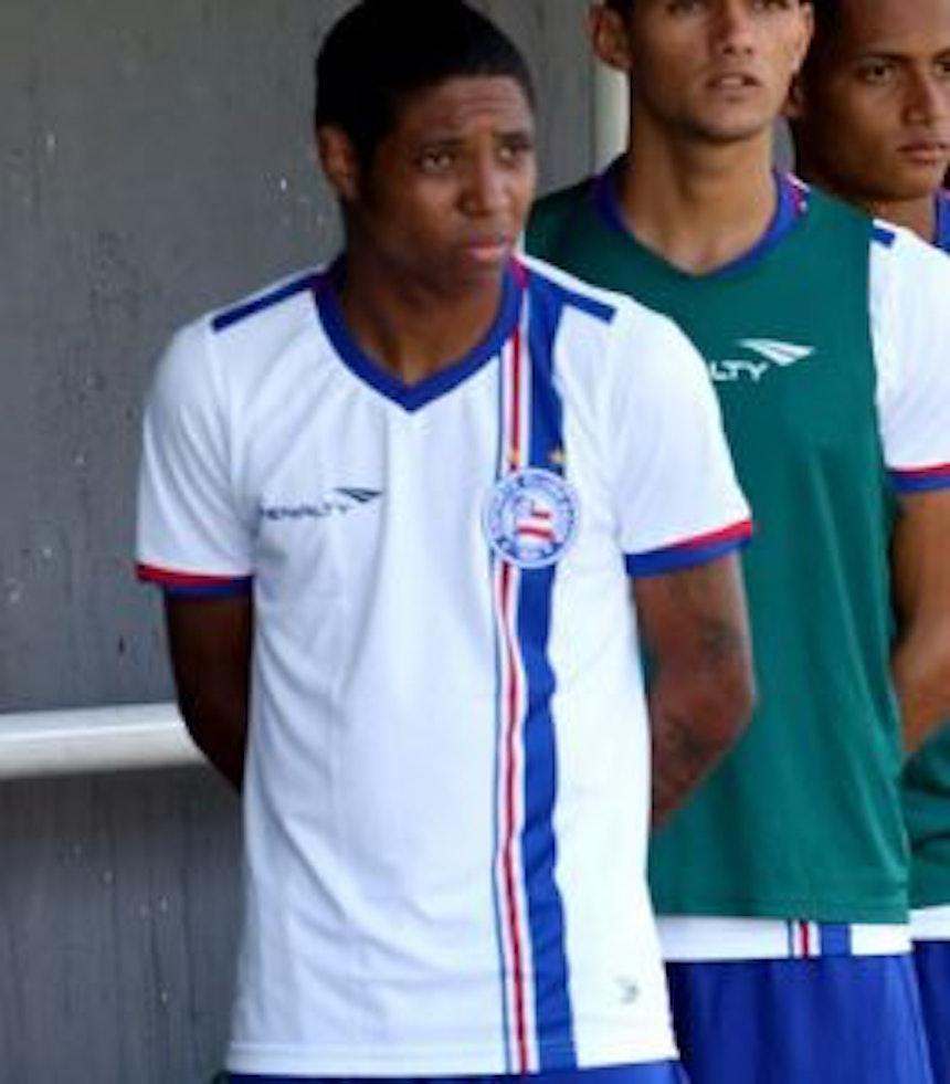 Luan, de 19 anos, foi campeão baiano sub-20 nesta temporada (Foto: Felipe Oliveira / Divulgação / EC Bahia)