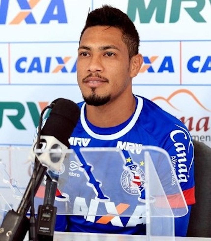 Hernane volta ao time após cumprir suspensão (Foto: Felipe Oliveira/Divulgação/EC Bahia)