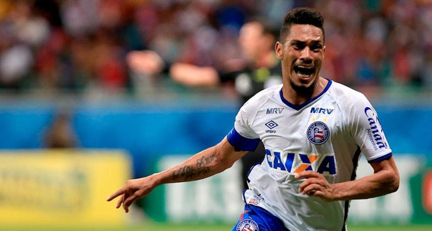 Hernane comemora gol do Bahia contra o Sampaio Corrêa (Foto: Felipe Oliveira / Divulgação / E.C. Bahia)