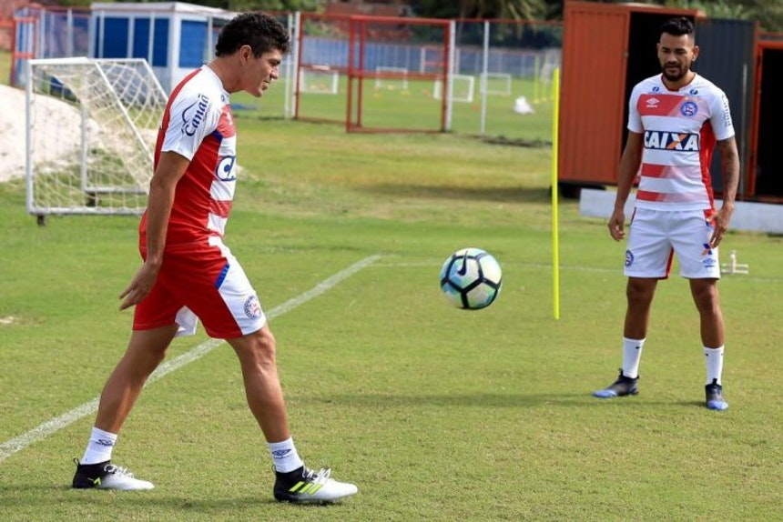 Edson e Jackson iniciaram transição física (Foto: Felipe Oliveira / Divulgação / EC Bahia)
