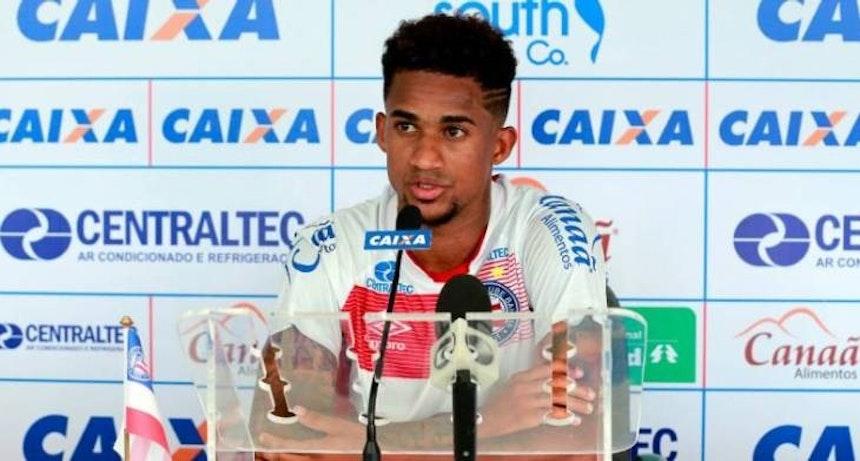 Eduardo concede entrevista coletiva (Foto: Felipe Oliveira / Divulgação / EC Bahia)