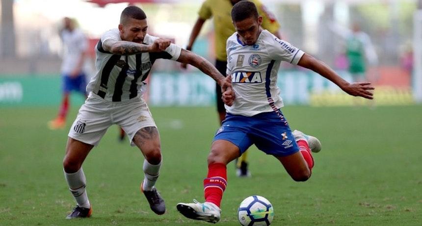 Marco Antônio em campo pelo Bahia contra o Santos (Foto: Felipe Oliveira/Divulgação/EC Bahia)