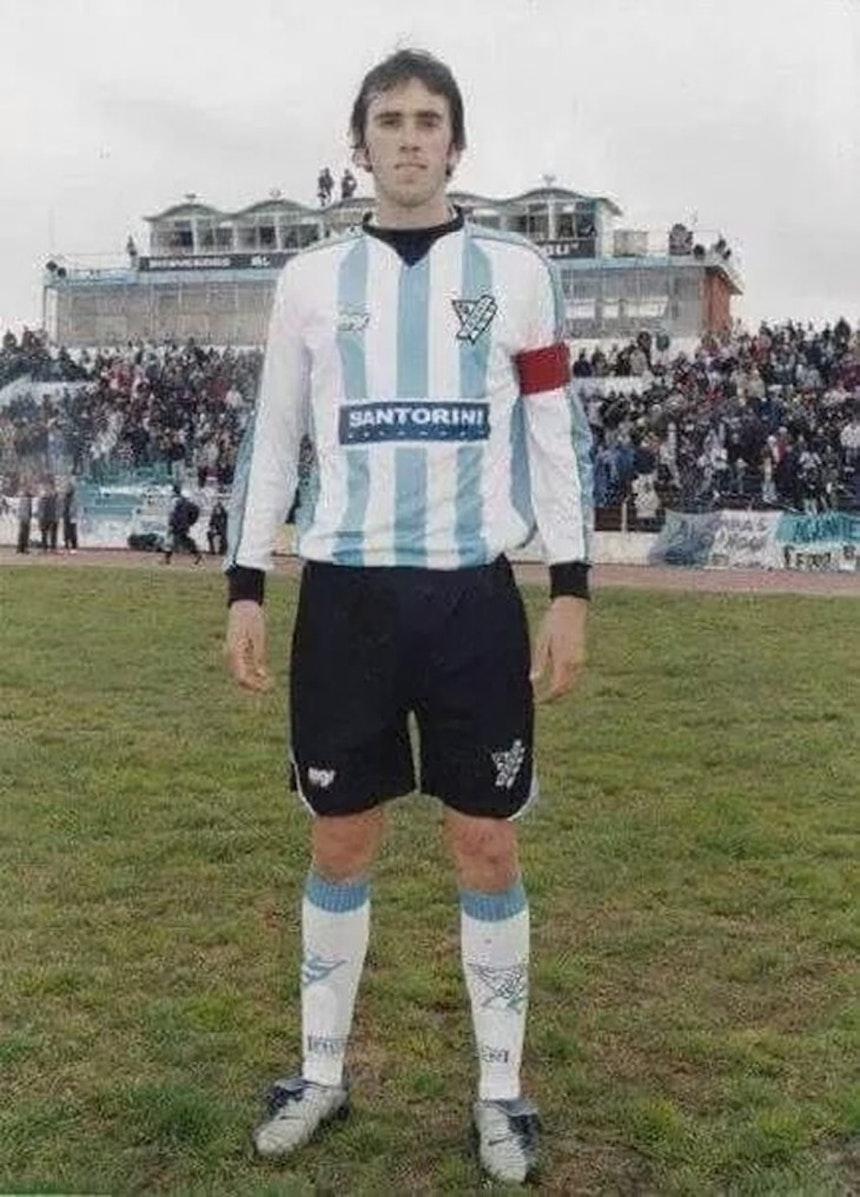 Diego Godín foi revelado pelo Cerro (Foto: Club Atlético Cerro)