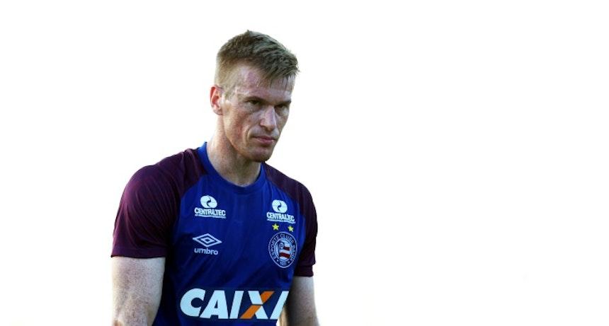 Douglas Grolli treina pelo Bahia no Fazendão (Foto: Felipe Oliveira/Divulgação/EC Bahia)