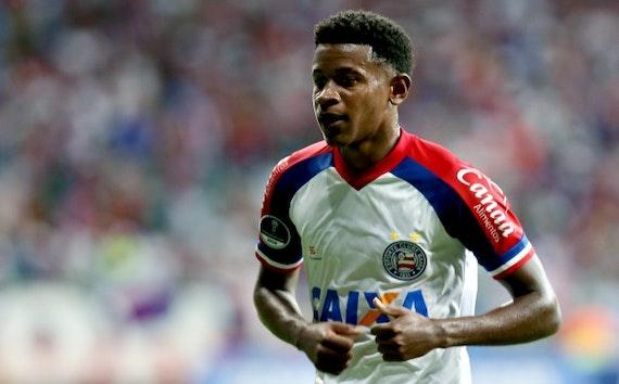Guilherme Bellintani admite procura do Corinthians por Ramires, mas nega ter recebido proposta