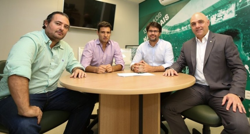 Alexandre Mattos, Diego Cerri, Guilherme Bellintani e Maurício Galiotti em reunião em São Paulo (Foto: Fabio Menotti/Palmeiras)