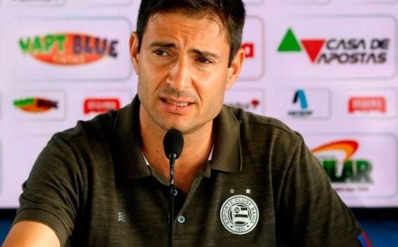 Bahia se impõe no mercado da bola em busca de um time competitivo